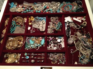Closet Jewelry Nightmare!